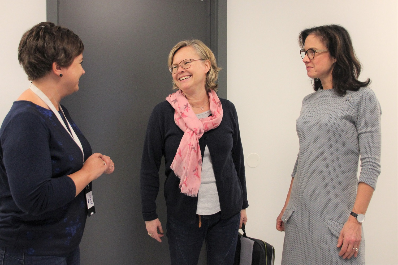 Bilde av Ingunn Østerkløft, Hilde Tinderholt Myrhaug og Vibeke Johnsen.